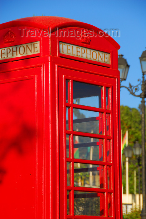 ethiopia114: Addis Ababa, Ethiopia: classic British red telephone box - Sheraton Addis hotel - photo by M.Torres - (c) Travel-Images.com - Stock Photography agency - Image Bank