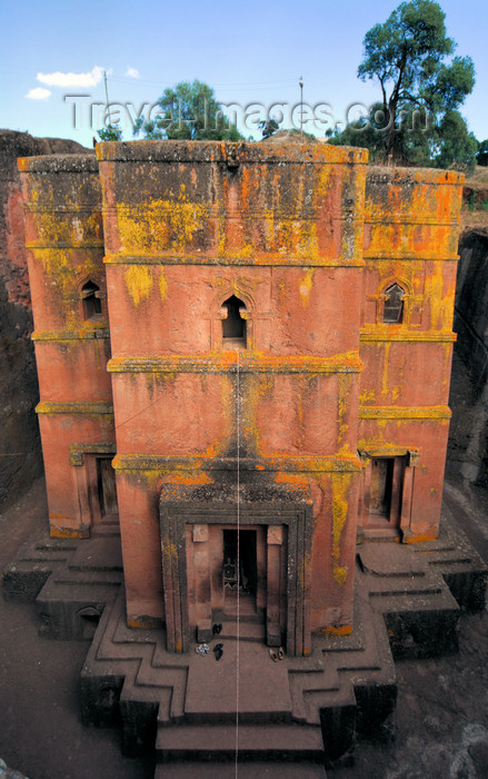 ethiopia182: Lalibela, Amhara region, Ethiopia: Bet Giyorgis rock-hewn church - main facade - UNESCO world heritage site - photo by M.Torres - (c) Travel-Images.com - Stock Photography agency - Image Bank