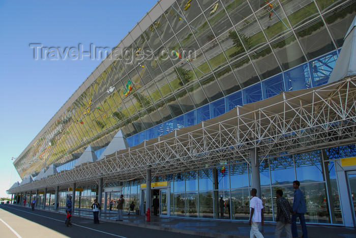 ethiopia2: Addis Ababa, Ethiopia: Bole International Airport (IATA: ADD, ICAO: HAAB) - International Terminal - photo by M.Torres - (c) Travel-Images.com - Stock Photography agency - Image Bank