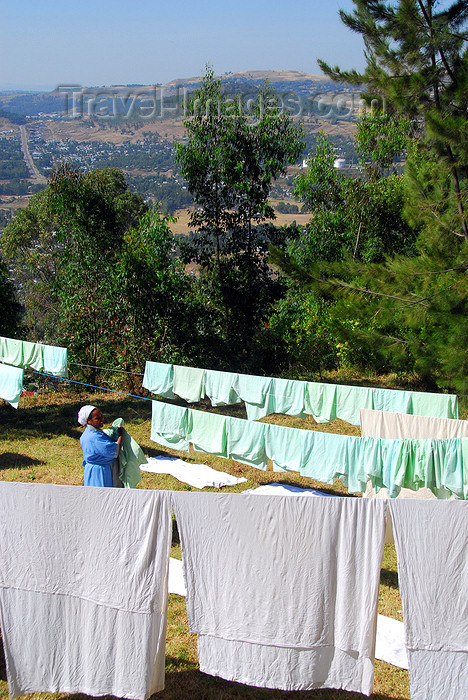 ethiopia201: Gondar, Amhara Region, Ethiopia: washing line - drying linen - photo by M.Torres - (c) Travel-Images.com - Stock Photography agency - Image Bank