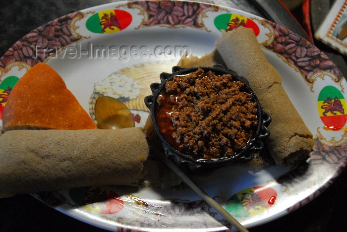 ethiopia207: Gondar, Amhara Region, Ethiopia: injera with meat - Ethiopian food - photo by M.Torres - (c) Travel-Images.com - Stock Photography agency - Image Bank