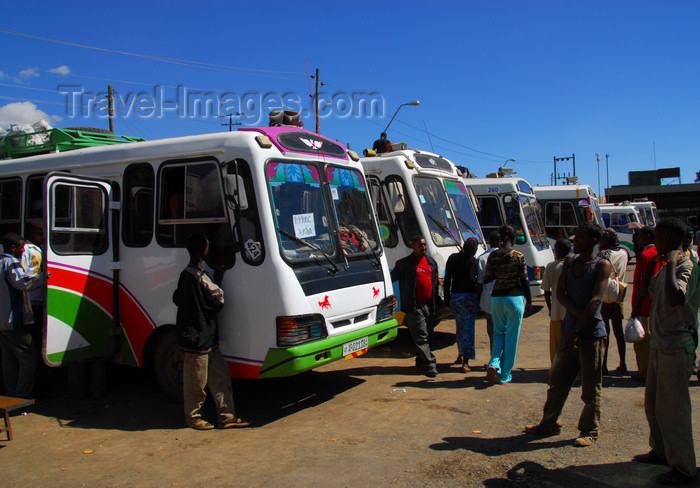 ethiopia211: Gondar, Amhara Region, Ethiopia: at the Bus station - photo by M.Torres - (c) Travel-Images.com - Stock Photography agency - Image Bank