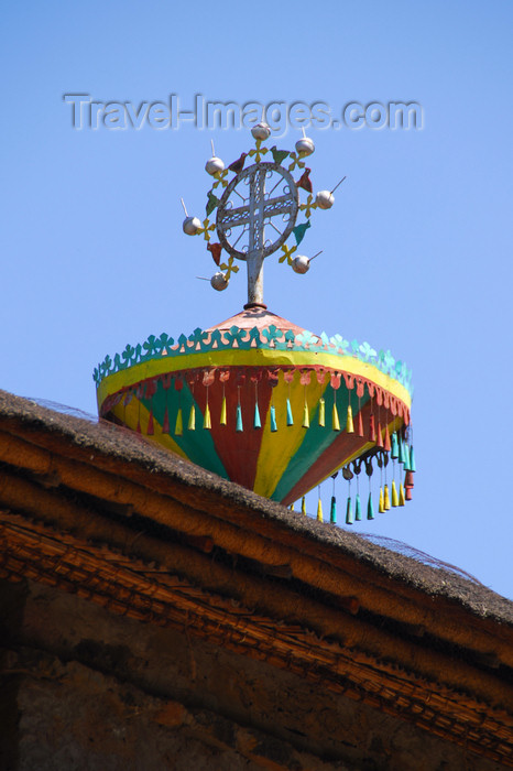 ethiopia244: Gondar, Amhara Region, Ethiopia: Debre Berham Selassie church - cross with ostrich eggs -  photo by M.Torres - (c) Travel-Images.com - Stock Photography agency - Image Bank