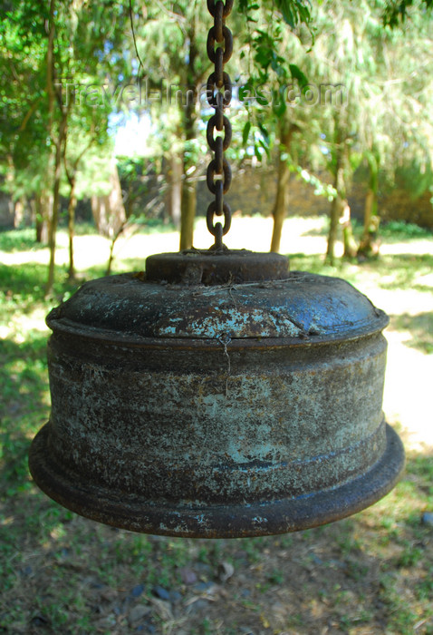 ethiopia260: Gondar, Amhara Region, Ethiopia: Debre Berham Selassie church - bell made from a truck wheel - photo by M.Torres - (c) Travel-Images.com - Stock Photography agency - Image Bank