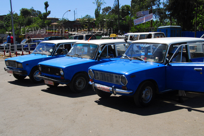 ethiopia27: Addis Ababa, Ethiopia: taxis wait - Ras Mekonen av - photo by M.Torres - (c) Travel-Images.com - Stock Photography agency - Image Bank