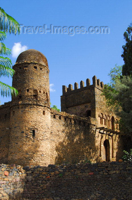 ethiopia320: Gondar, Amhara Region, Ethiopia: Royal Enclosure - walls - round tower covered with enkulal top - photo by M.Torres - (c) Travel-Images.com - Stock Photography agency - Image Bank