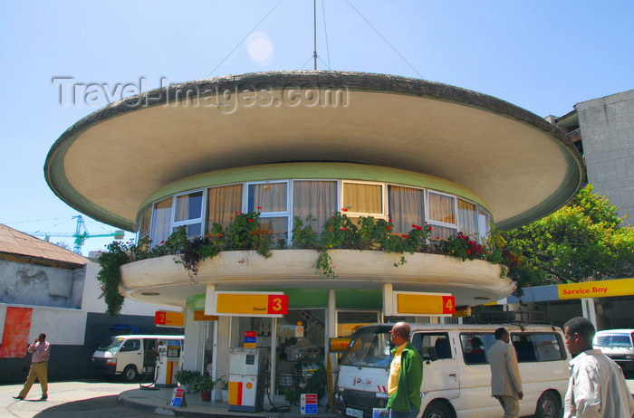 ethiopia37: Addis Ababa, Ethiopia: Ras Shell petro station -  Gambia street - photo by M.Torres - (c) Travel-Images.com - Stock Photography agency - Image Bank