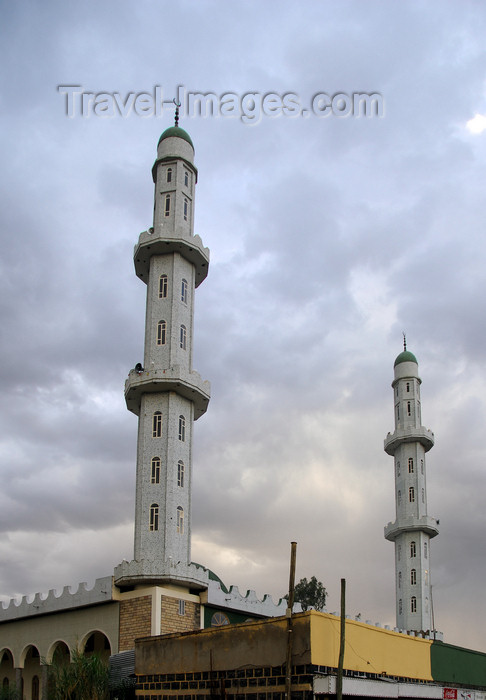 ethiopia411: Bahir Dar / Bahar Dar, Amhara, Ethiopia: minarets of the Friday Mosque - photo by M.Torres - (c) Travel-Images.com - Stock Photography agency - Image Bank