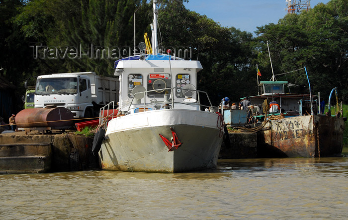 ethiopia420: Bahir Dar, Amhara, Ethiopia: boats on the pier - photo by M.Torres - (c) Travel-Images.com - Stock Photography agency - Image Bank