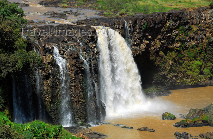 ethiopia438: Blue Nile Falls - Tis Issat, Amhara, Ethiopia: 30 kilometers downstream from Lake Tana and Bahar Dar - photo by M.Torres - (c) Travel-Images.com - Stock Photography agency - Image Bank