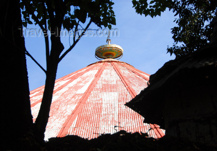 ethiopia490: Lake Tana, Amhara, Ethiopia: Kebran Gabriel Monastery - roof - photo by M.Torres  - (c) Travel-Images.com - Stock Photography agency - Image Bank
