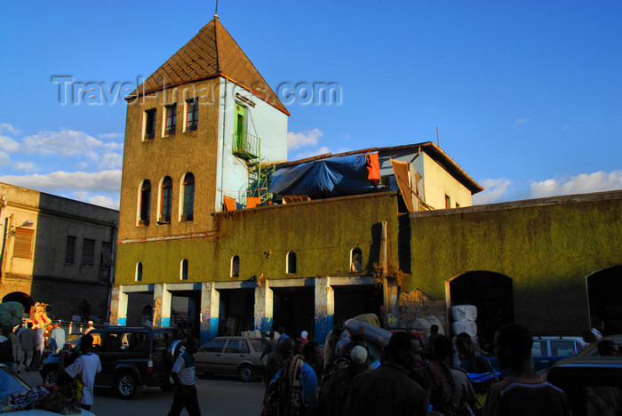 ethiopia97: Addis Ababa, Ethiopia: merkato - colonial buildings - photo by M.Torres - (c) Travel-Images.com - Stock Photography agency - Image Bank