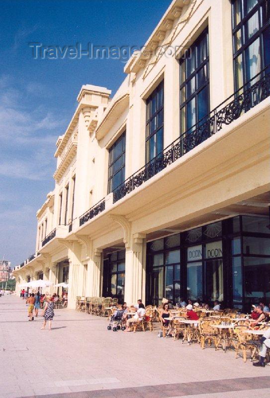 eusk10: Basque Country / Pais Vasco / Euskadi - Biarritz: cafés on the promenade - art deco Biarritz Casino Lucien Barrière (photo by Miguel Torres) - (c) Travel-Images.com - Stock Photography agency - Image Bank