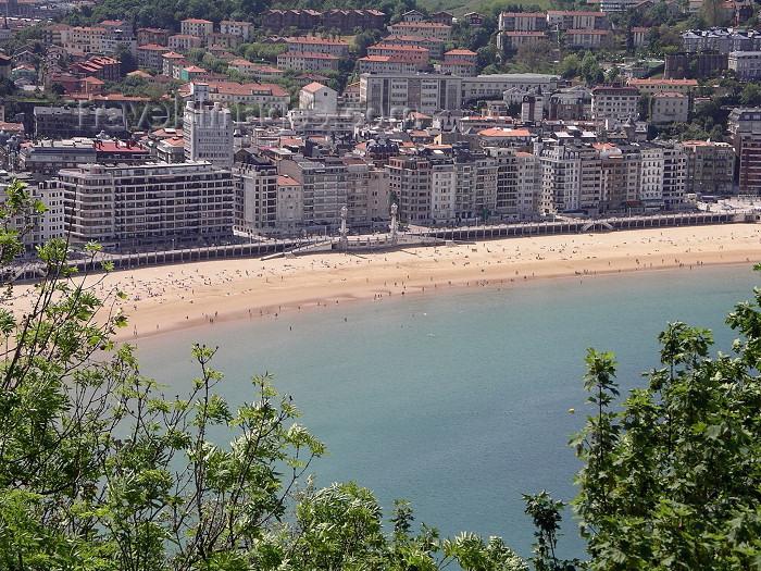 eusk38: Basque Country / Pais Vasco / Euskadi - Donostia / San Sebastian: La Concha Beach - photo by R.Wallace - (c) Travel-Images.com - Stock Photography agency - Image Bank