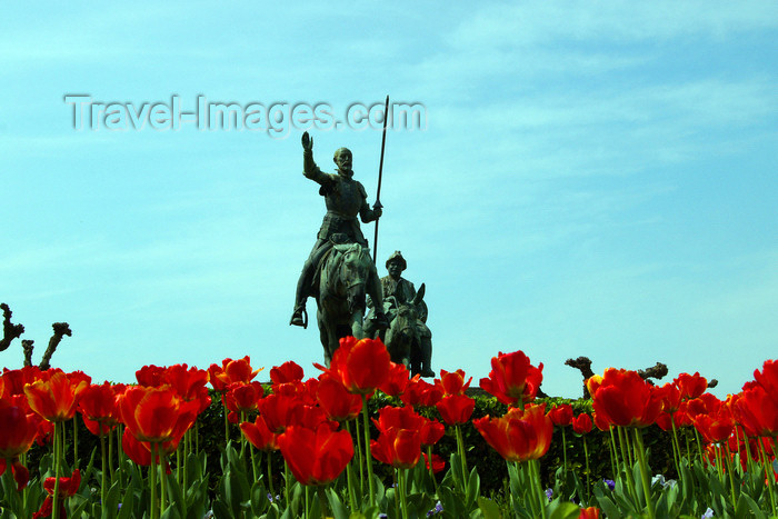 eusk47: Donostia-San Sebastián, Gipuzkoa province, Euskadi: Don Quixote and Sancho ride in a field of tulips - photo by J.Zurutuza - (c) Travel-Images.com - Stock Photography agency - Image Bank