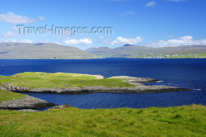 faeroe116: Nólsoyarfjørður, Streymoy island, Faroes: fjord view outside Tórshavn - photo by A.Ferrari - (c) Travel-Images.com - Stock Photography agency - Image Bank