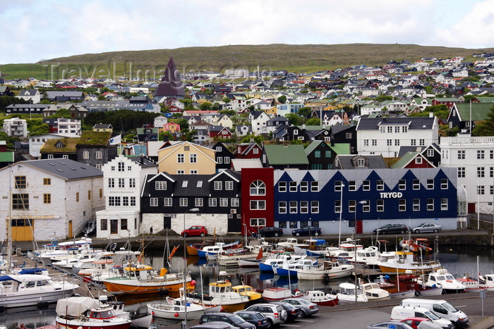 faeroe118: Tórshavn, Streymoy island, Faroes: Tinganes and the east harbour, Eystaravág, behind it Gongin st - 19th century buildings and insurance company Trygd with fake gables - roof of the Vesturkirkjan stands out - photo by A.Ferrari - (c) Travel-Images.com - Stock Photography agency - Image Bank