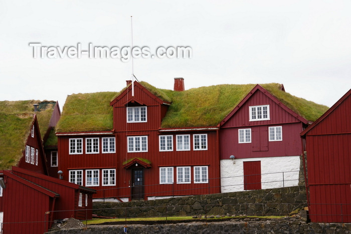 faeroe123: Tórshavn, Streymoy island, Faroes: government buildings in Tinganes - Viking settlers established here their parliament, called 'ting', around 800 A.D. - photo by A.Ferrari - (c) Travel-Images.com - Stock Photography agency - Image Bank