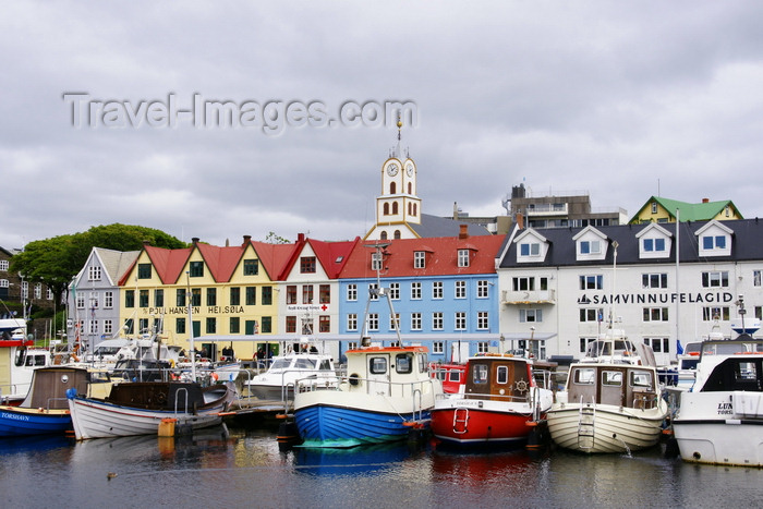 faeroe131: Tórshavn, Streymoy island, Faroes: Tiganes and the western harbour, Vestaravag - storehouses - old commercial buildings along the quayside - Vágsbotnur - 'á Bryggjubakka' - photo by A.Ferrari - (c) Travel-Images.com - Stock Photography agency - Image Bank