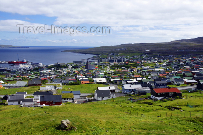 faeroe135: Tórshavn, Streymoy island, Faroes: view over Tórshavn - the city gets its name from Thor, the god of thunder in Norse mythology - photo by A.Ferrari - (c) Travel-Images.com - Stock Photography agency - Image Bank