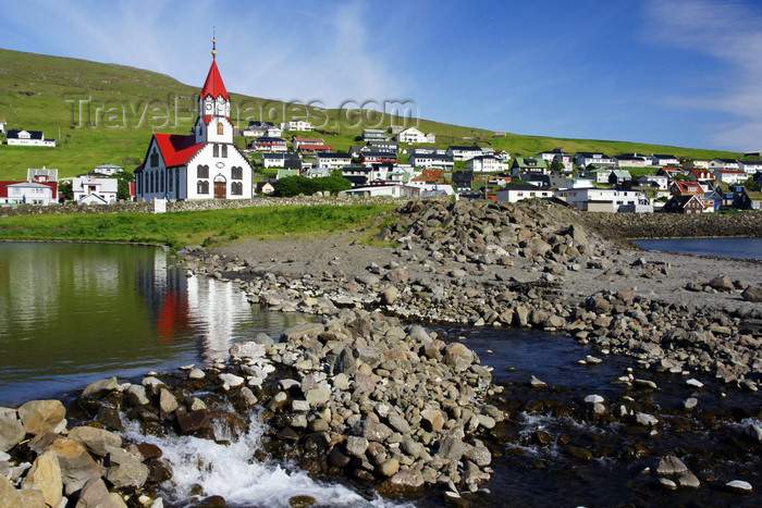 faeroe70: Sandavágur, Vágar island, Faroes: the village and its red roofed wooden church built in 1917 - photo by A.Ferrari - (c) Travel-Images.com - Stock Photography agency - Image Bank