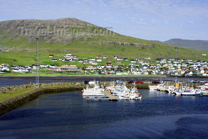faeroe74: Sørvágur village, Vágar island, Faroes: the harbour - fishing is the backbone of the local economy - photo by A.Ferrari - (c) Travel-Images.com - Stock Photography agency - Image Bank
