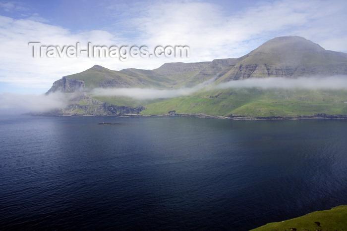 faeroe76: Sørvágsfjørður fjord, Vágar island, Faroes: fjord on the west coast of the island - photo by A.Ferrari - (c) Travel-Images.com - Stock Photography agency - Image Bank