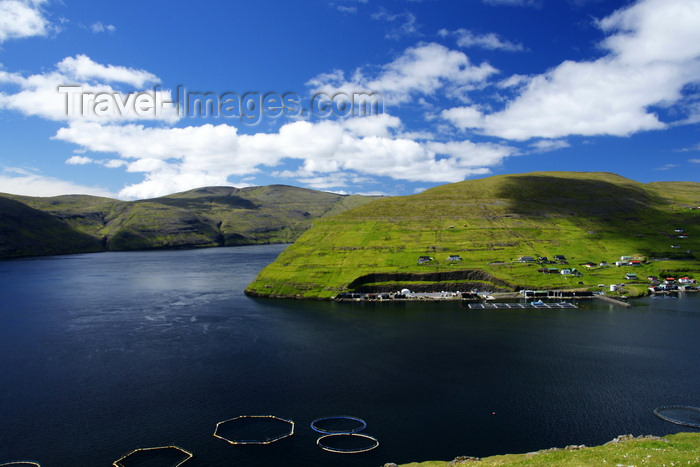 faeroe94: Vestmanna, Streymoy island, Faroes: fish farming - aquaculture open water fish cages - photo by A.Ferrari - (c) Travel-Images.com - Stock Photography agency - Image Bank