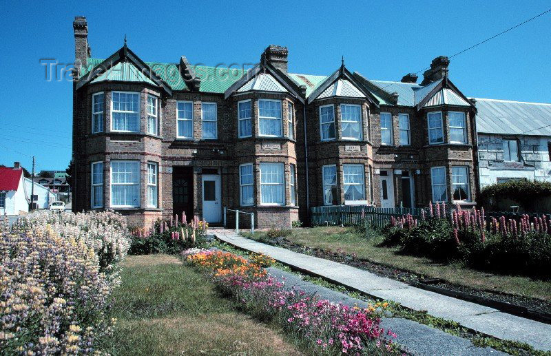 falkland13: Falkland islands / Islas Malvinas - Stanley / PSY (East Falkland): brick houses - photo by Rod Eime - (c) Travel-Images.com - Stock Photography agency - Image Bank