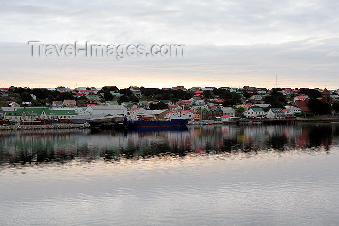falkland8: Falkland islands - East Falkland - Port Stanley 16 - photo by Christophe Breschi - (c) Travel-Images.com - Stock Photography agency - Image Bank