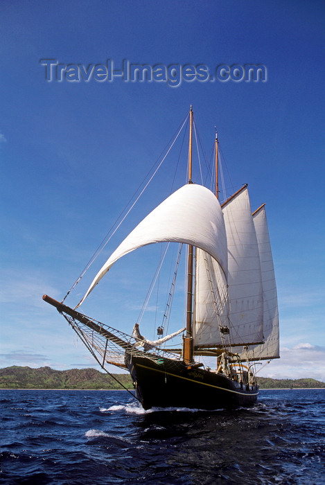fiji12: Yasawa Islands, Fiji: the double masted schooner La Violante at sail - built in Holland in 1922 for a French Count - photo by C.Lovell - (c) Travel-Images.com - Stock Photography agency - Image Bank