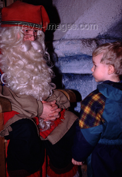 fin116: Finland - Lapland - Rovaniemi - Santa Claus receives the children - Arctic images by F.Rigaud - (c) Travel-Images.com - Stock Photography agency - Image Bank