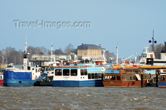 fin126: Finland - Helsinki, Kruunuhaka area with boats at the pier - photo by Juha Sompinmäki - (c) Travel-Images.com - Stock Photography agency - Image Bank