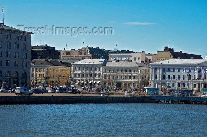 fin129: Finland - Helsinki, market square viewed from the sea - photo by Juha Sompinmäki - (c) Travel-Images.com - Stock Photography agency - Image Bank