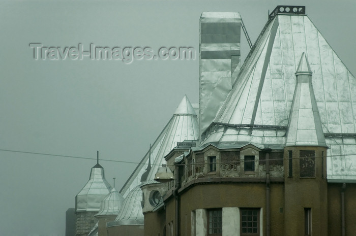 fin133: Finland - Helsinki, Punavuori area, buildings in the mist - metal roofs - photo by Juha Sompinmäki - (c) Travel-Images.com - Stock Photography agency - Image Bank