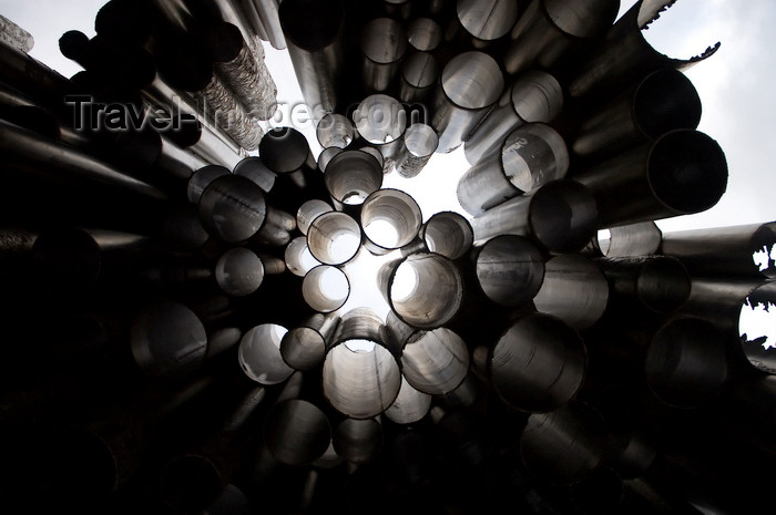 fin139: Finland - Helsinki, Sibelius monument, detail - photo by Juha Sompinmäki - (c) Travel-Images.com - Stock Photography agency - Image Bank