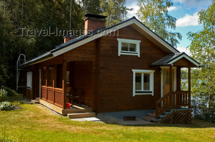 fin147: Finland - Lake Sauni- Western Finland province - Pirkanmaa / Tampere Region-  typical finnish summer cottage - photo by Juha Sompinmäki - (c) Travel-Images.com - Stock Photography agency - Image Bank