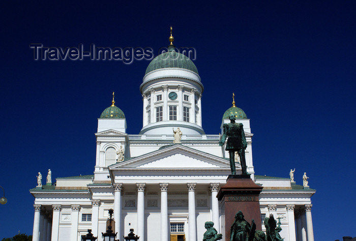 fin162: Helsinki, Finland: Lutheran Cathedral - built as a tribute to the Tsar, Grand Duke Nicholas I - Suurkirkko / Storkyrkan - photo by A.Ferrari - (c) Travel-Images.com - Stock Photography agency - Image Bank