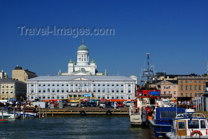 fin164: Helsinki, Finland: port, City hall and the Cathedral - Market square / Kauppatori / Salutorget - photo by A.Ferrari - (c) Travel-Images.com - Stock Photography agency - Image Bank