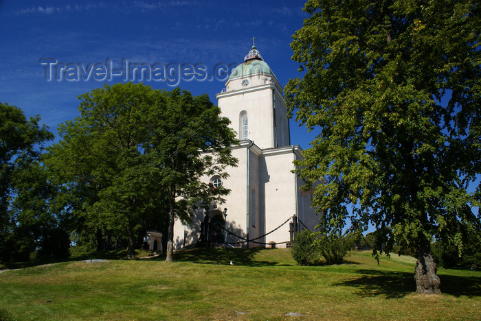 fin165: Helsinki, Finland: Church at Suomenlinna sea fortress - UNESCO World Heritage Site - photo by A.Ferrari - (c) Travel-Images.com - Stock Photography agency - Image Bank