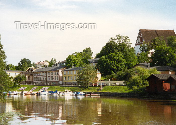 fin17: Finland - Porvoo (Etela-Suomen Laani): riverside - Uusimaa (photo by Miguel Torres) - (c) Travel-Images.com - Stock Photography agency - Image Bank