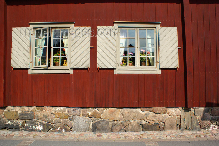 fin171: Turku, Western Finland province - Finland Proper region / Varsinais-Suomi - Finland: windows of the old pharmacy - typical Scandinavian houses along the Aura river - photo by A.Ferrari - (c) Travel-Images.com - Stock Photography agency - Image Bank
