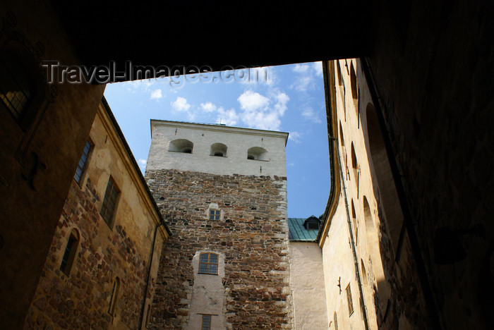 fin179: Turku, Western Finland province - Finland Proper region / Varsinais-Suomi - Finland: tower and small court in the medieval keep of Turku castle / Turun linna / Åbo slott - photo by A.Ferrari - (c) Travel-Images.com - Stock Photography agency - Image Bank