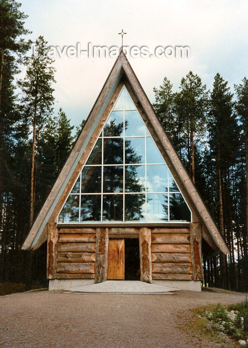 fin18: Finland - Vuonislahti (Ita-Suomen Laani / Eastern Finland province - North Karelia region - Municipality of Lieksa): wooden elegance - modern architecture - Eeva Ryynanen's studio  (photo by Miguel Torres) - (c) Travel-Images.com - Stock Photography agency - Image Bank
