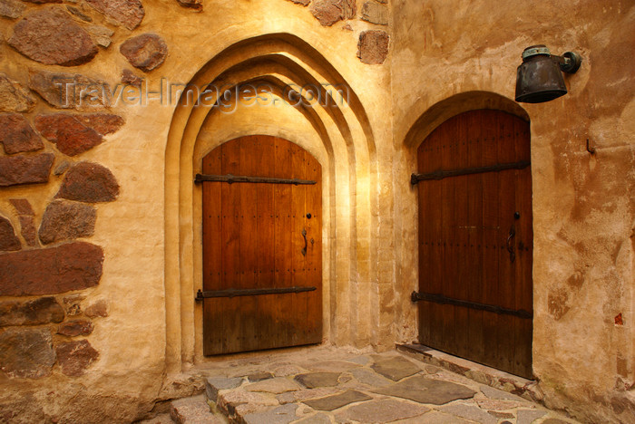 fin180: Turku, Western Finland province - Finland Proper region / Varsinais-Suomi - Finland: doors in the medieval keep of Turku castle / Turun linna / Åbo slott - photo by A.Ferrari - (c) Travel-Images.com - Stock Photography agency - Image Bank
