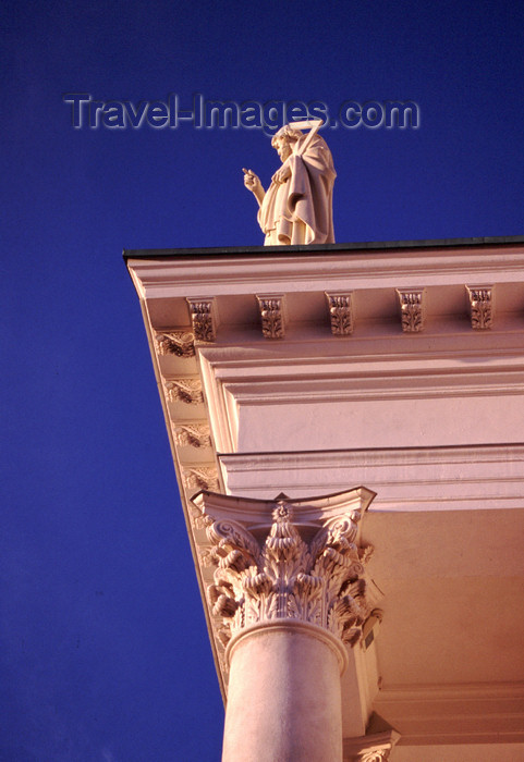 fin26: Finland - Helsinki - Lutheran Cathedral - detail of the pediment - photo by F.Rigaud - (c) Travel-Images.com - Stock Photography agency - Image Bank