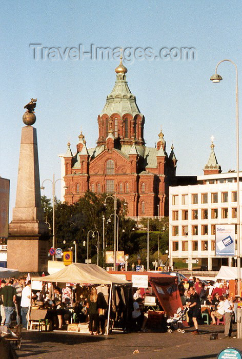 fin6: Finland / Suomi - Helsinki: Orthodox cathedral (photo by Miguel Torres) - (c) Travel-Images.com - Stock Photography agency - Image Bank