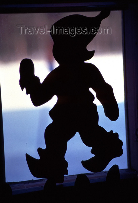 fin83: Finland - Lapland - Gnome walking - silhouette - Arctic images by F.Rigaud - (c) Travel-Images.com - Stock Photography agency - Image Bank