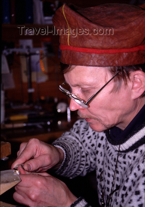 fin85: Finland - Lapland - Inari - artisan - jewler at work - Arctic images by F.Rigaud - (c) Travel-Images.com - Stock Photography agency - Image Bank