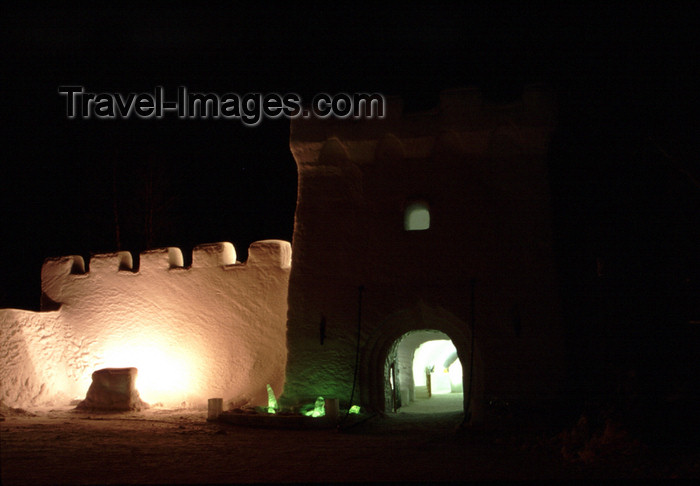 fin97: Finland - Lapland - Kemi - snow castle - at nigh - Arctic images by F.Rigaud - (c) Travel-Images.com - Stock Photography agency - Image Bank